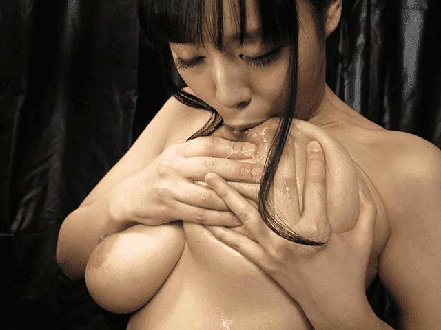えろえろスペルマ 4 塚田詩織 ザーメンセルフ乳首舐め