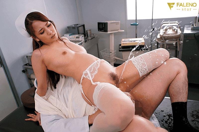 「お漏らし看護婦長はGokkun痴女 友田彩也香」潮吹きSEX