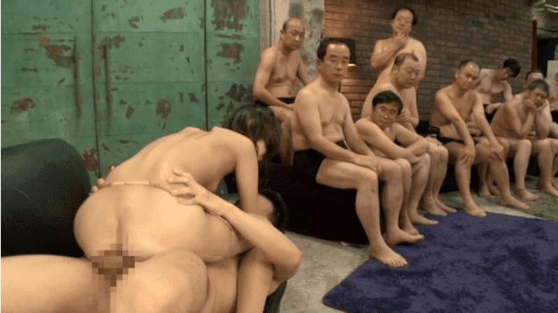「ザーメン咀嚼×オール口内発射×大量ゴックン 神田るみ」中年オヤジが見守りながらSEX