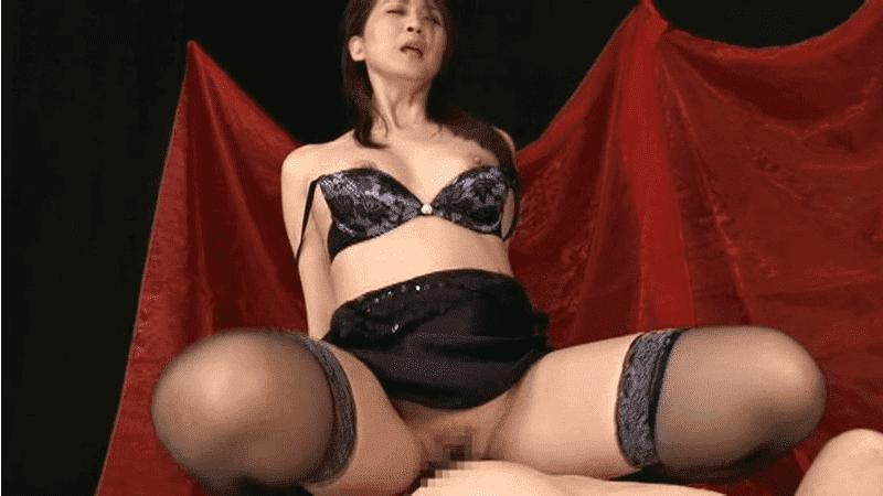 「肉食痴女 スペルマニア」吉岡奈々子のセックス